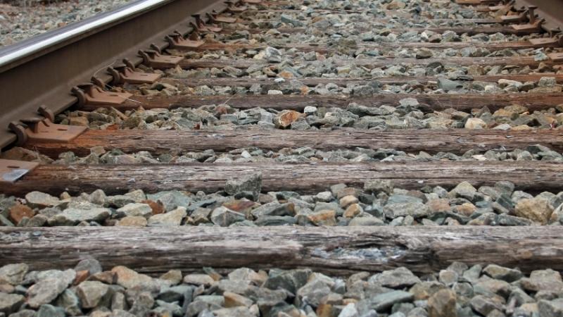 Из-за перегрева железных дорог на Украине начали задерживаться поезда