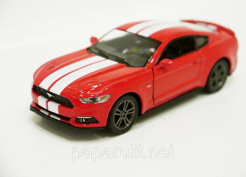 Kinsmart Ford Mustang GT 15.jpg