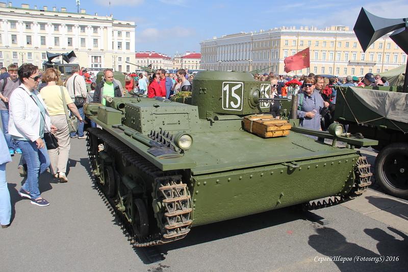 20170803_10-40-Парад-экспозиция военной техники пройдет на Дворцовой площади-pic3