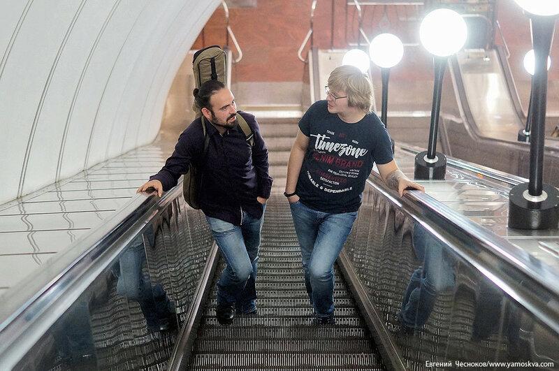 Поэзия в метро. Виктор Канаев. 19.07.17.06..jpg