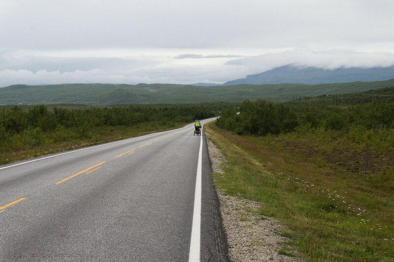 трасса E6 Karasjok - Lakselv в северной норвегии