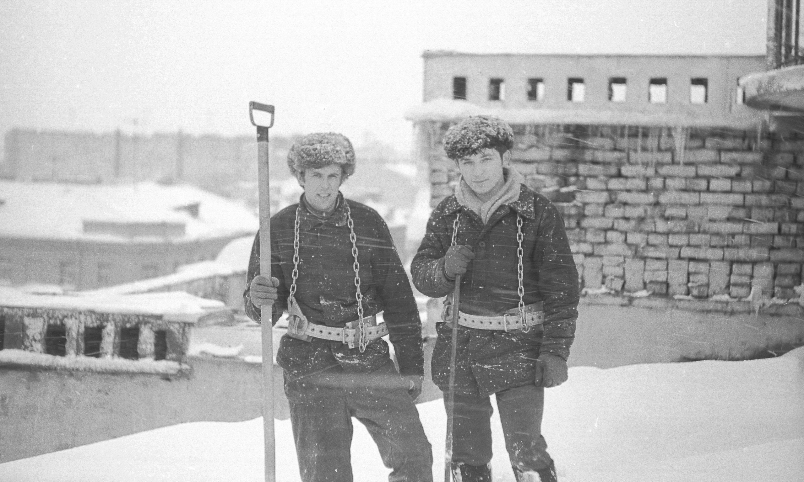 27. Петроградская