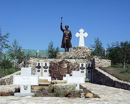 Мемориальный комплекс «Донские казаки в борьбе с большевиками» в станице Еланской