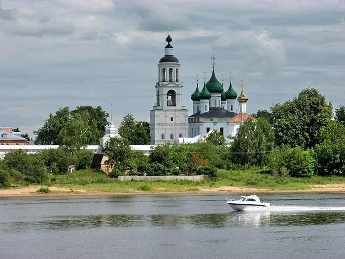 20 мая все поволжские регионы России отмечают день великой реки – День Волги