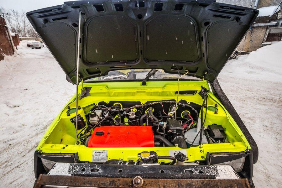 Изначально хотели поставить мотор от ВАЗ-2108 после того, как