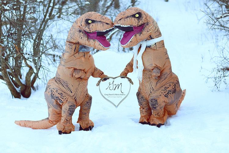 Динозавры вымерли, но настоящая любовь жива! (17 фото)