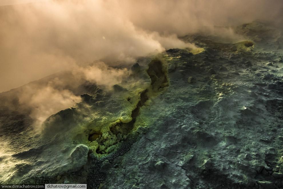 15. Также смотрите « Странная красота соляных шахт » и « Инопланетные пейзажи на Земле: вулкан