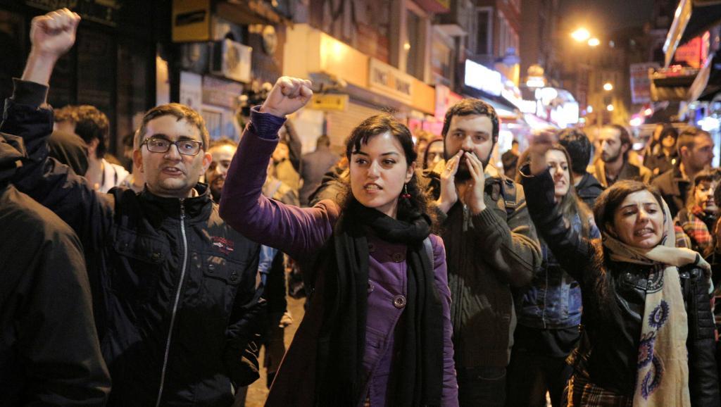 Турецкая оппозиция передает онарушениях впроцессе референдума