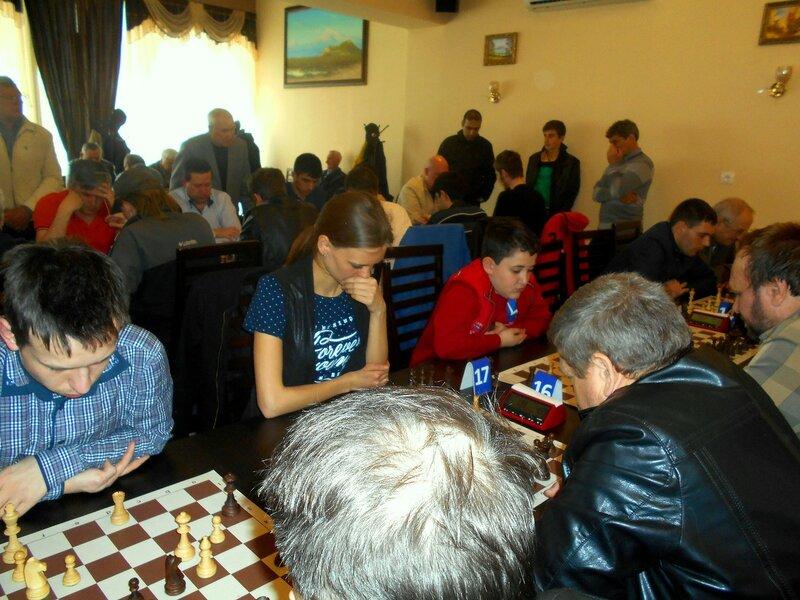 Шахматные поединки и участники их ... DSCN1939.JPG