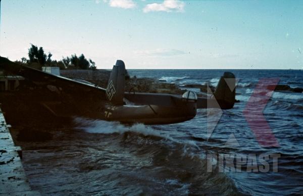 stock-photo-damaged-german-luftwaffe-seaplane-dornier-do-24-tripoli-harbour-in-libya-1942-11237.jpg