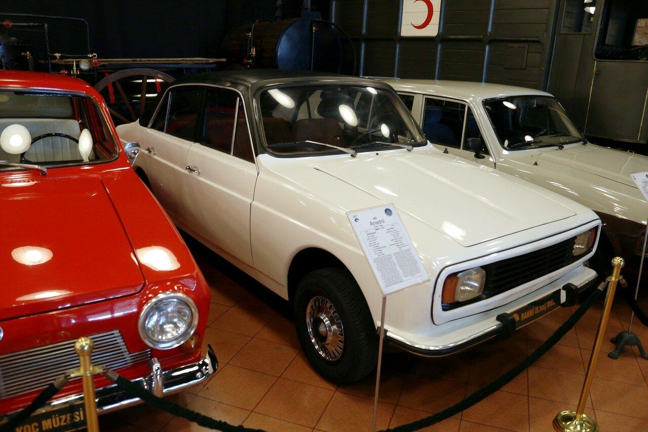Стамбул. Музей Рахими Коча. Anadol Sedan 4-Kapi