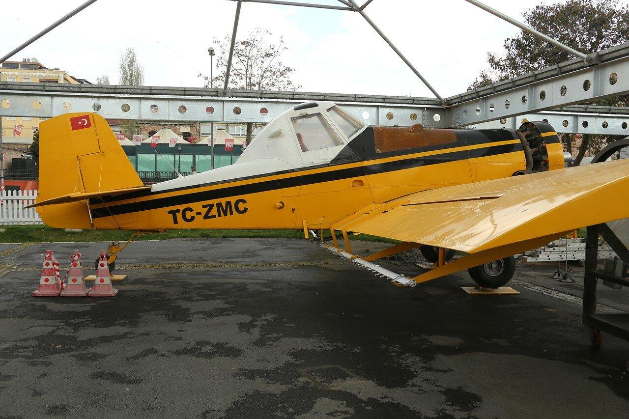 Istanbul, Rahimi M.Koch museum. Agricultural aircraft Ayres S-2R Thrush