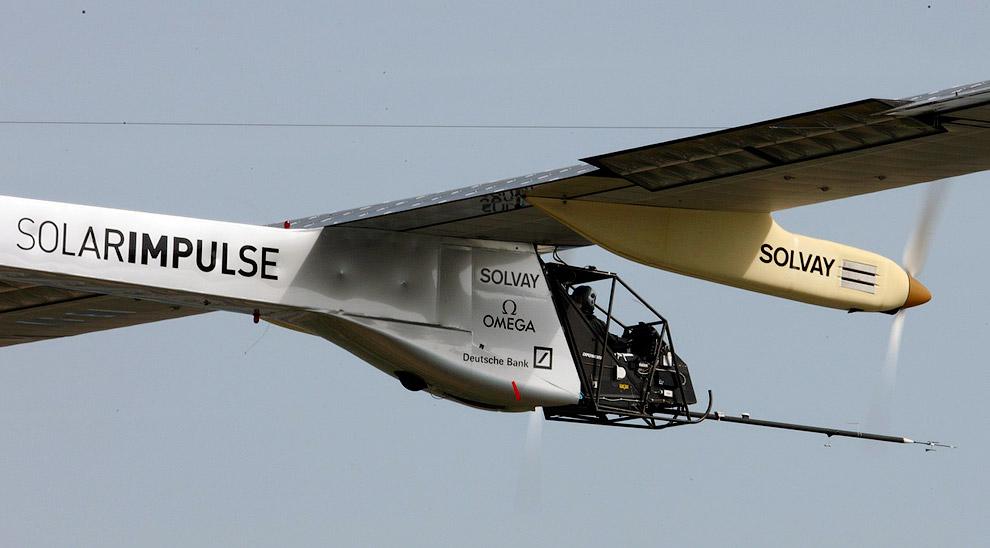 Максимальная высота полета составляла 8700 м, это рекорд для летательных аппаратов на солнечных