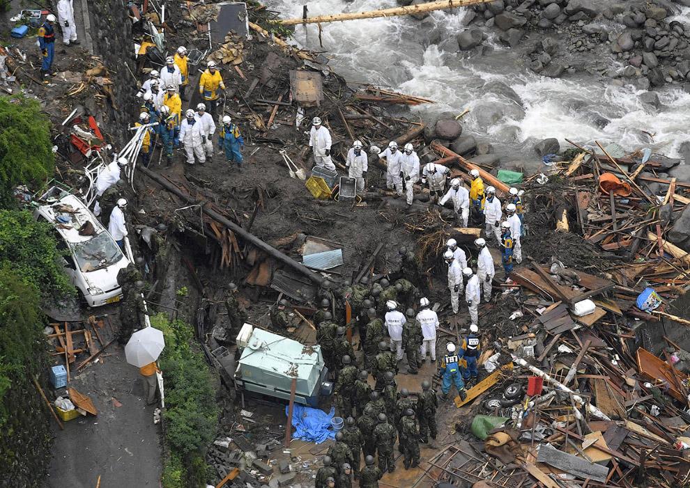 4. Количество выпавших в районе бедствия только за первые сутки осадков превысило месячную норм