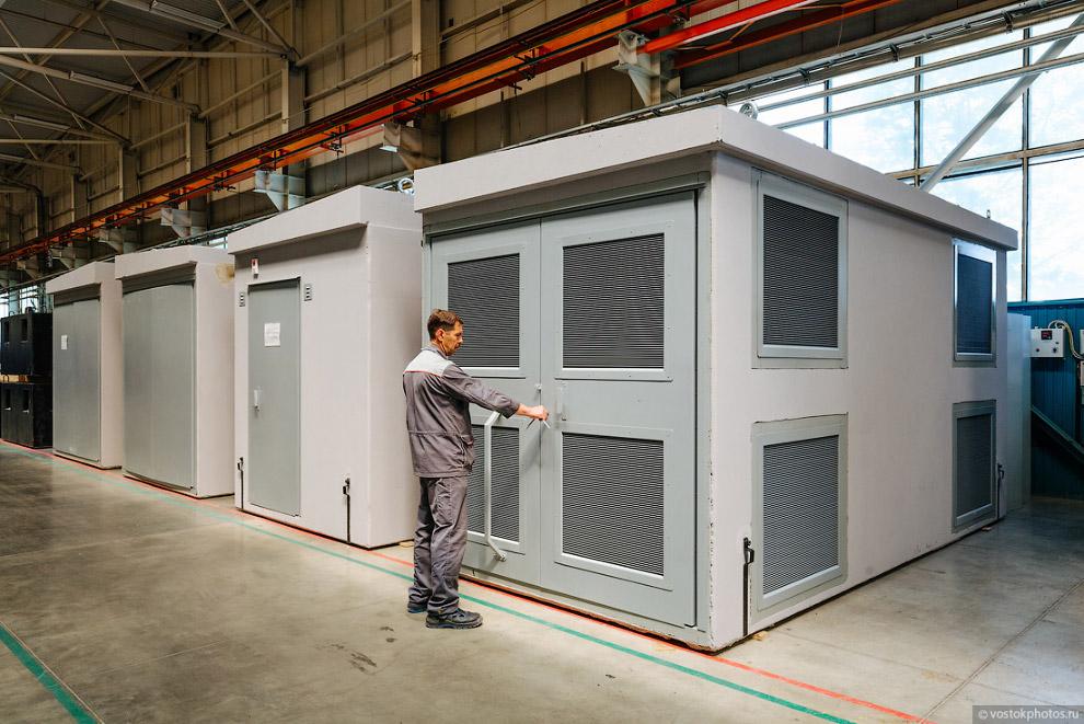 35. Все выпускаемое оборудование проходит обязательные испытания в электротехнических лаборатор