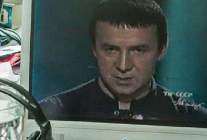 Помните его? Так вот куда пропал Анатолий Кашпировский! (13 фото)