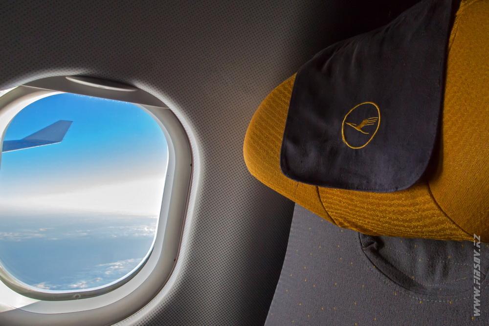 A-330_D-AIKM_Lufthansa_3_inflight.JPG