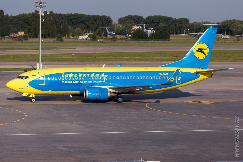 B-737_UR-GBD_Ukraine_International_Airlines.JPG