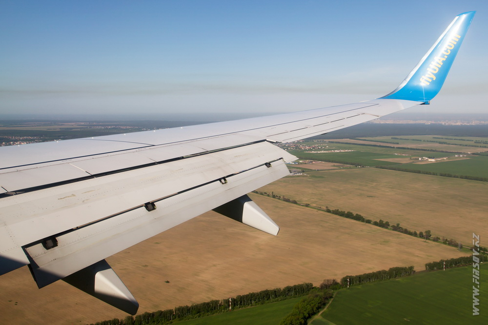 B-737_UR-PSD_Ukraine_International_Airlines_9_ALA_ .JPG