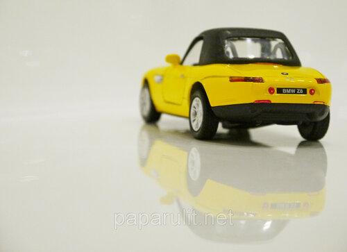 Kinsmart BMW Z8