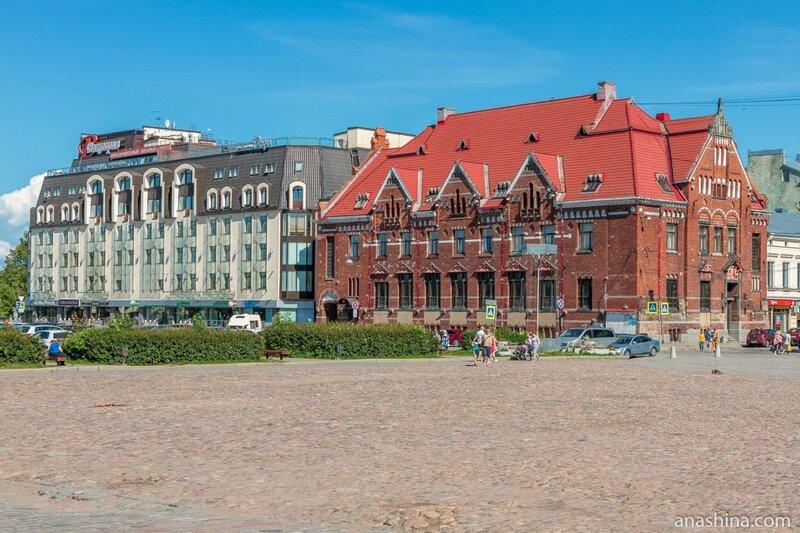 Международный деловой центр «Виктория» и здание бывшего Выборгского отделения Банка Финляндии (Suomen Pankki), Выборг