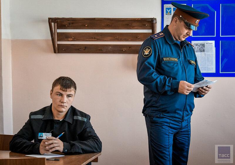 В колониях Приморья проходят выпускные экзамены для осужденных
