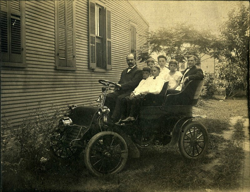 1906 B.L.M. Auto