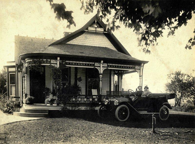 1915 Ford Model T Tourer