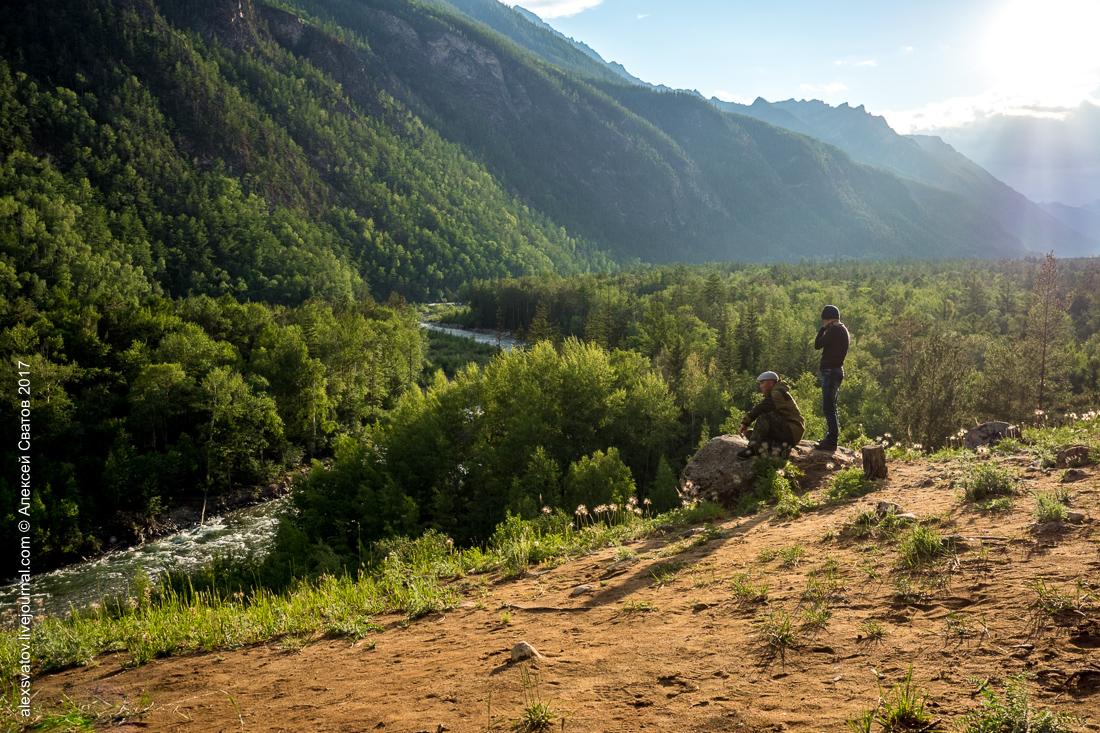 Вверх по Алле идут туристические тропы, если так красиво тут то представьте сколько красоты и видов