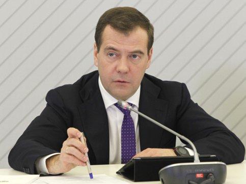 РФ небудет отменять продуктовое эмбарго— Медведев