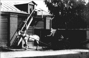 Каретный сарай во дворе дома купца Первушина