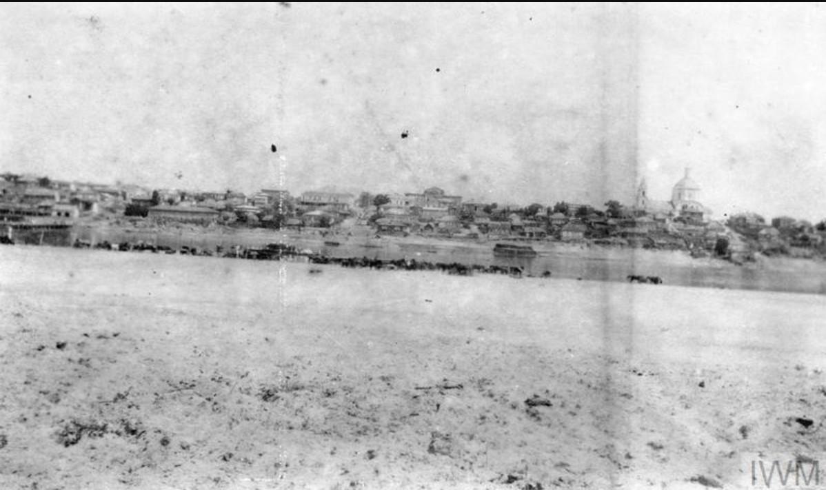 Общий вид неустановленного города, лето 1919