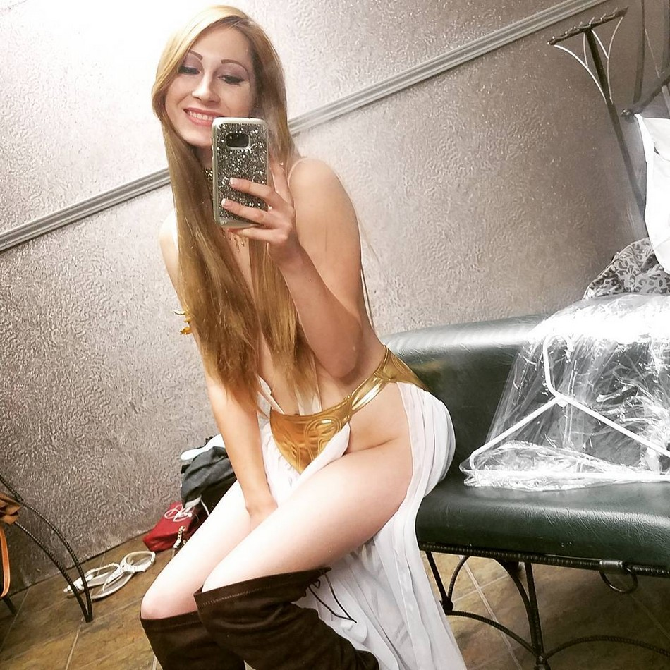 erotika-studentv-org-foto-na-ves-ekran