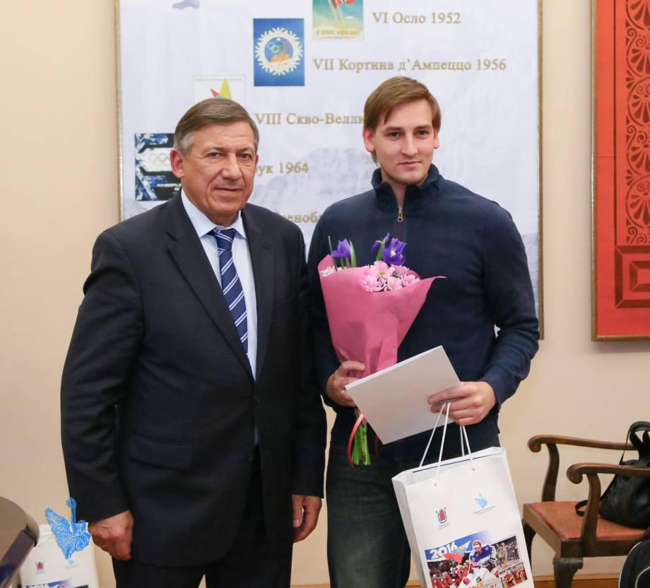 Лучшие спортсмены и тренеры Киевщины получили стипендии от губернатора на общую сумму около 600 тыс. грн