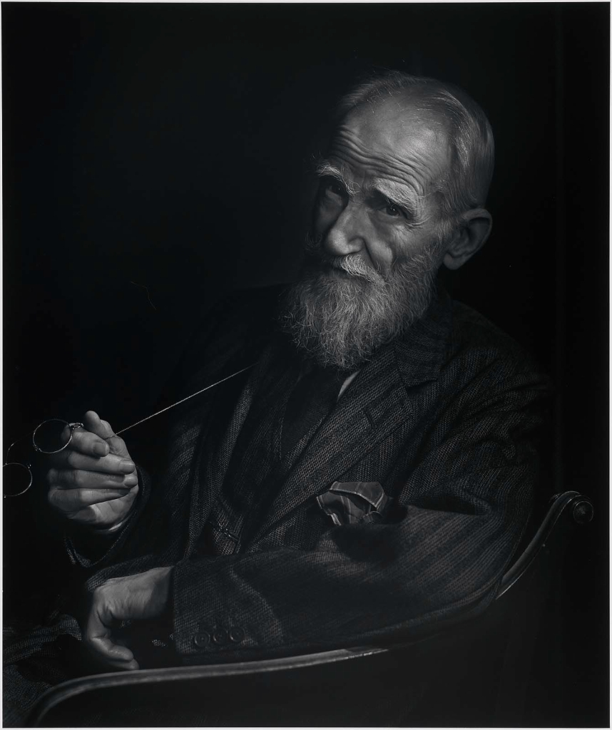 Джордж Бернард Шоу (голова и плечи)1943