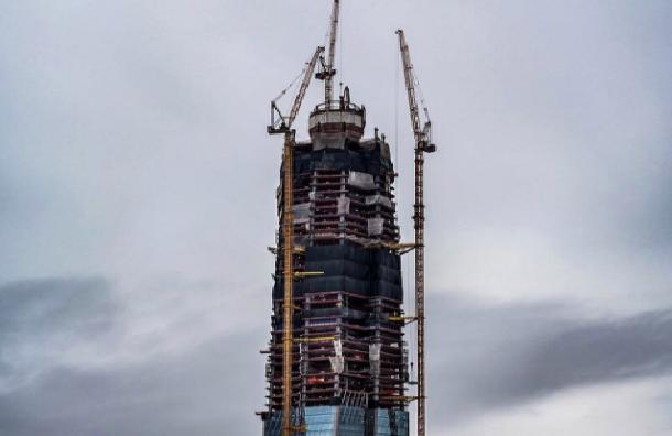 Госстройнадзор Петербурга позволил строительство зданий для «Газпрома» у«Лахта центра»
