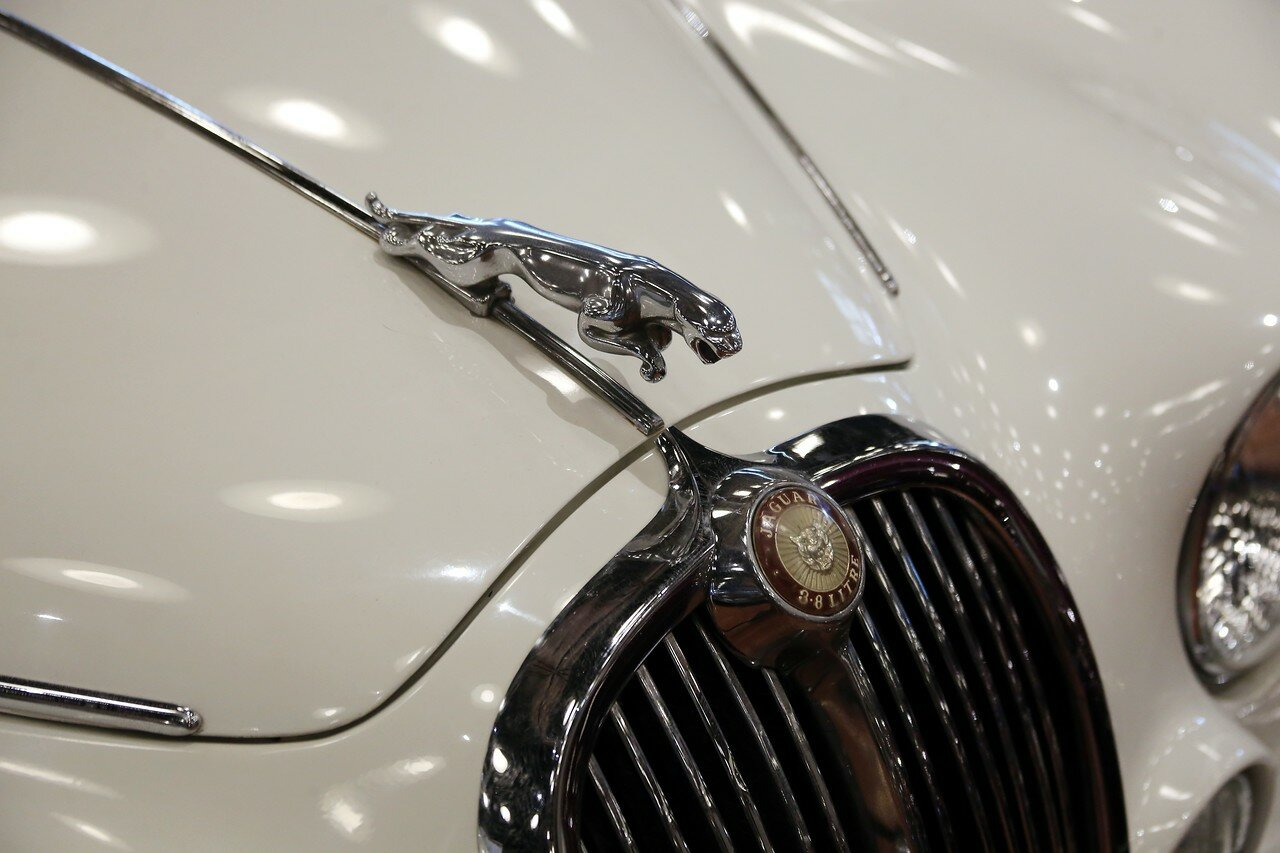 Стамбул. Музей Рахими Коча. Jaguar S Type, 1966
