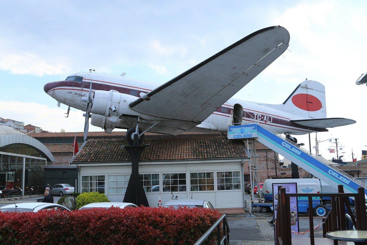 Douglas DC-3 'Dakota' passenger plane. Istanbul, Rahimi M.Koch museum