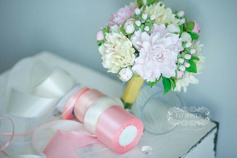 Пионовый букет для невесты.