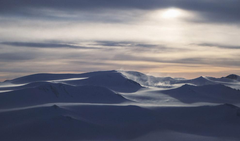 22. Снега и ледник. (Фото Mario Tama):