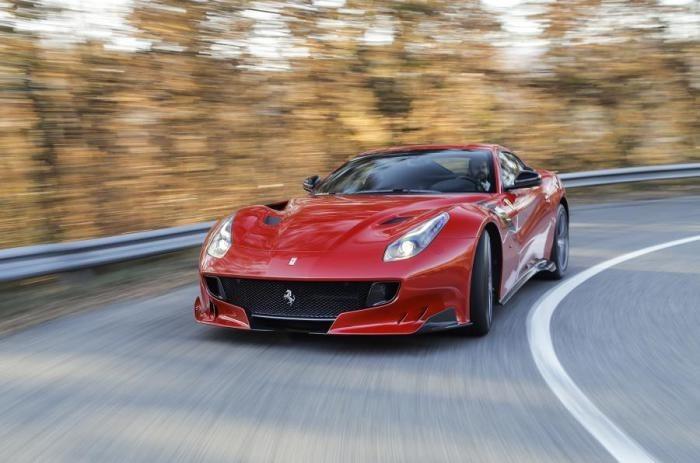 Самые быстрые в мире автомобили, которые все еще можно купить (10 фото)