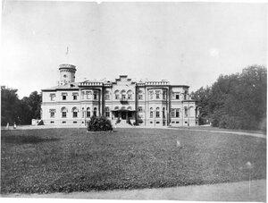 Усадьба «Гостилицы». Фасад дворца