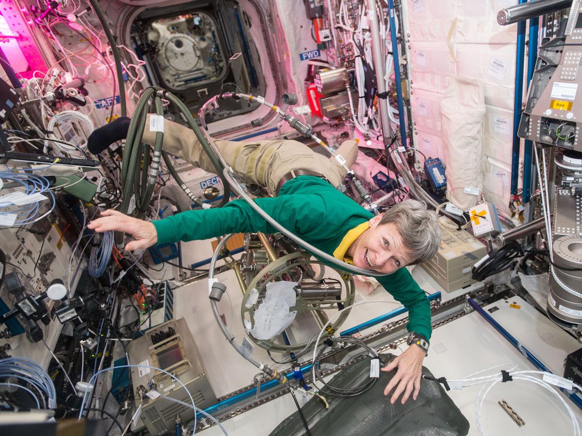 «Северное сияние» показали работники NASA сборта МКС