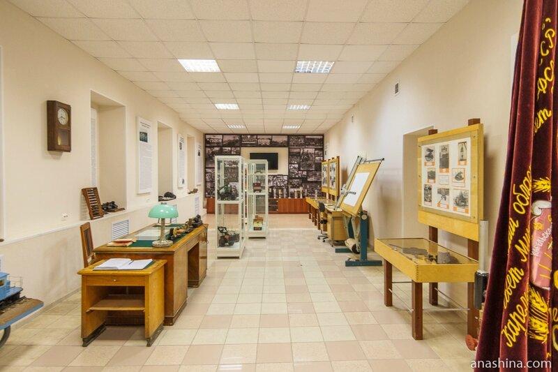 Экспозиция, посвященная Онежскому тракторному заводу, Музей промышленной истории Петрозаводска