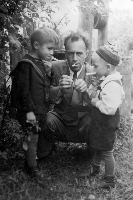 Курильщики, 1949 год.jpg