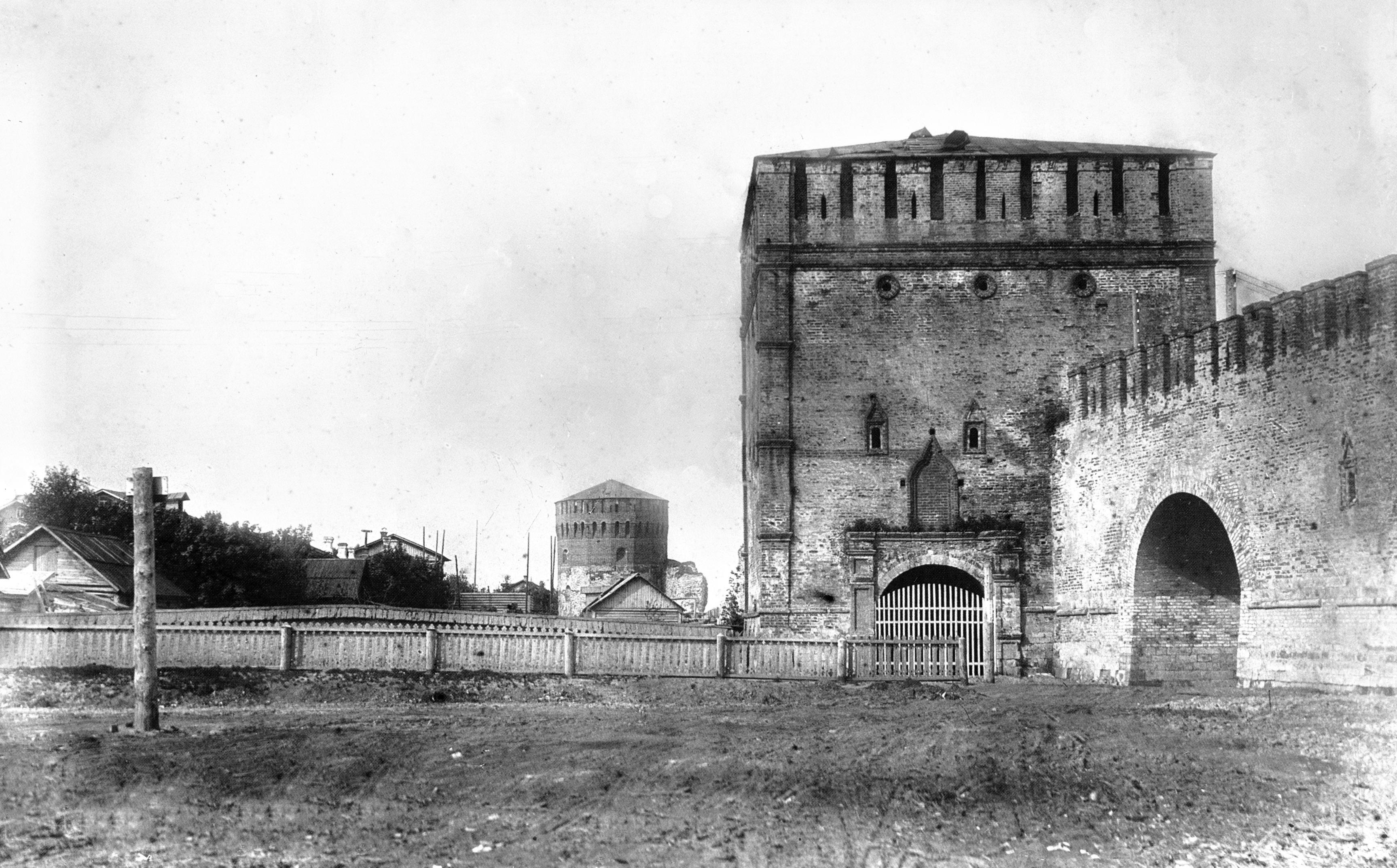 Никольская и Евстафьевская башни. 1903