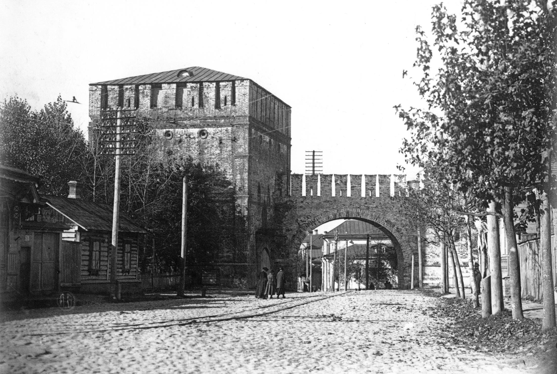 Никольские ворота. 1918