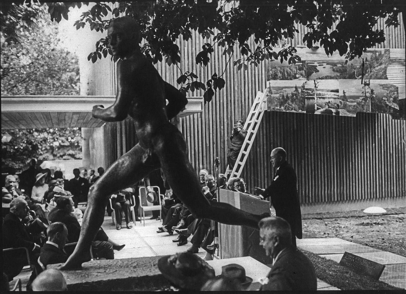 Торжественное открытие павильона Финляндии. 24 мая 1937