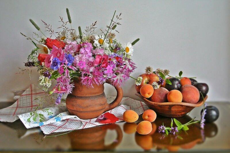 Люблю я лето за цветы.....