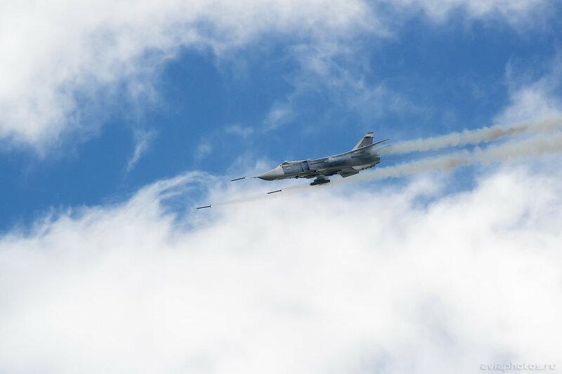 Сухой Су-24М (RF-92249 / 47 красный) ВКС России 638_D801552